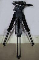 Vinten vector 750 tripod head (75kg payload) with option of heav duty legs