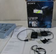 Sony uvp-v1 wireless tie mic (lavalier) with tx and rx etc. as new.